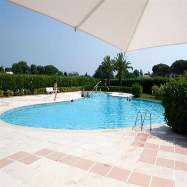 Location de vacances Appartement Mandelieu-la-Napoule 06210